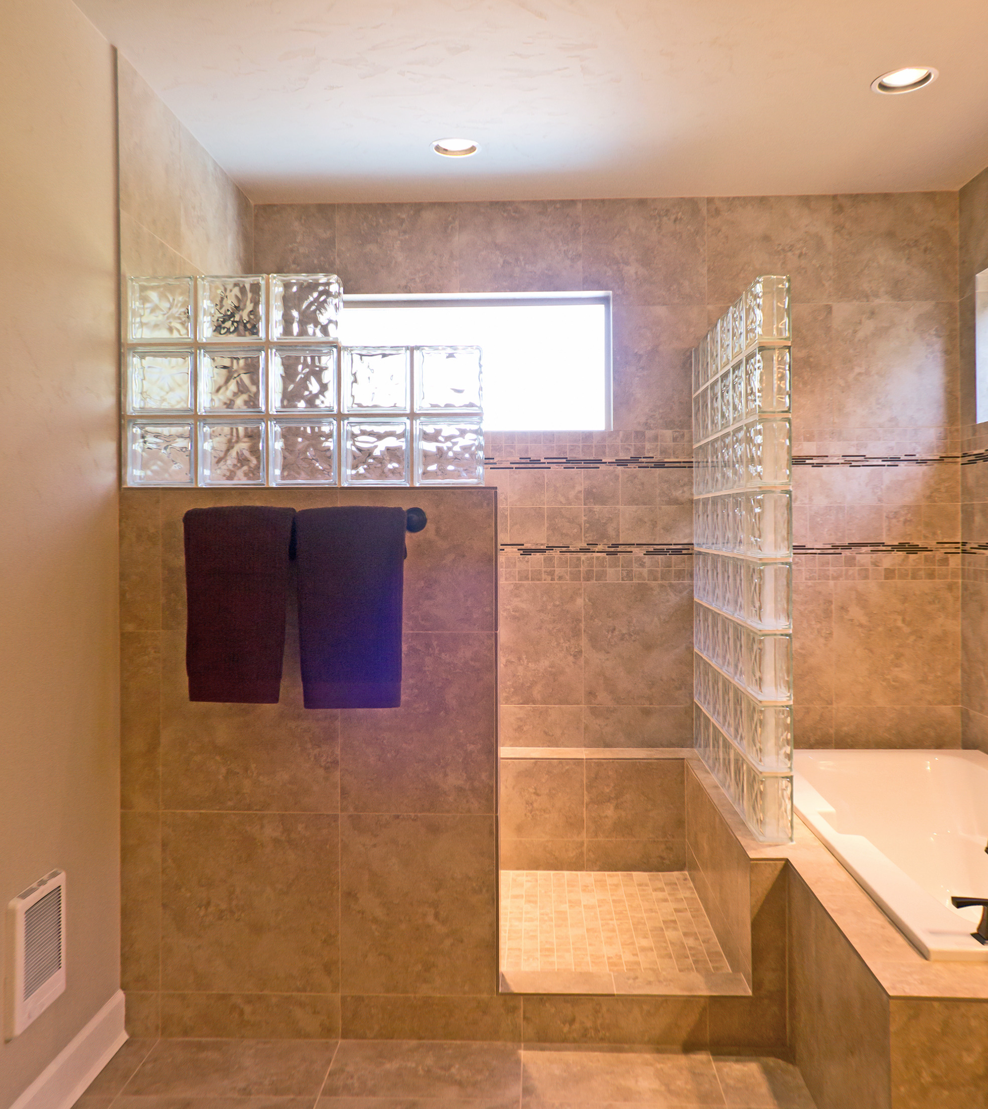 real estate bathroom photography