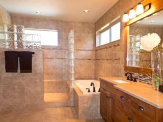 modern bathrooom